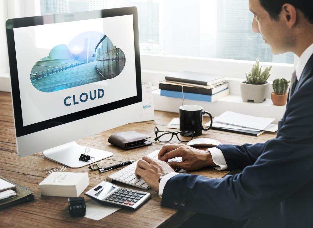 Download,Cloud,Storage,Back,Up